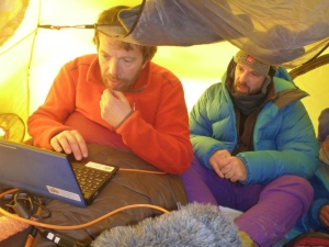 Harald Dag and Jan-Gunnar blogging in the tent