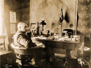 Amundsen in his office at Svartskog, 1910